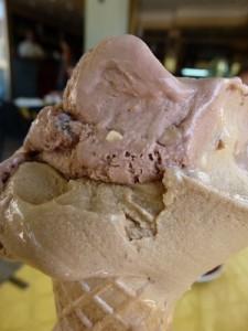 PK njuter gelato